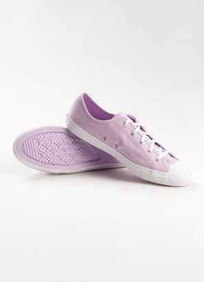 Converse Chuck Taylor All Star Dainty Iridescent Shoe - Womens