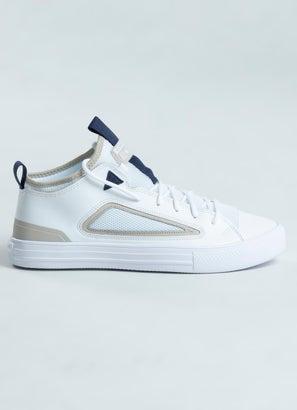 Converse Chuck Taylor Ultra Low Shoe