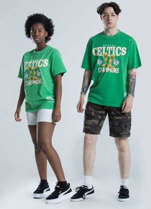 Mitchell & Ness NBA Boston Celtics Vintage Trophy Tee