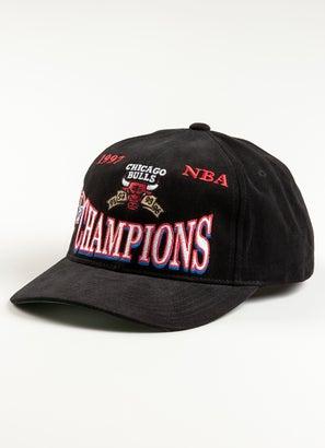 Mitchell & Ness NBA Chicago Bulls 97 Champs Deadstock Cap