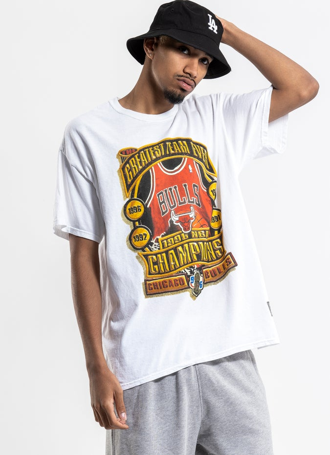Mitchell & Ness NBA Chicago Bulls Greatest Team Ever Vintage Tee