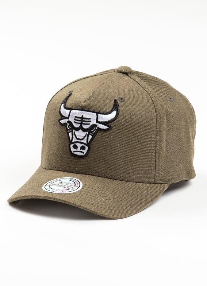 Mitchell & Ness NBA Chicago Bulls Olive Black & White Logo 110 Snapback Cap