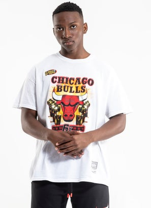Mitchell & Ness NBA Chicago Bulls 'The Last Dance' Champs Vintage Tee