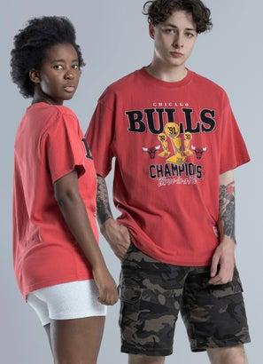 Mitchell & Ness NBA Chicago Bulls Vintage Trophy Tee