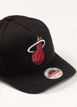 Mitchell & Ness NBA Miami Heat Classic Red 110 Snapback Cap