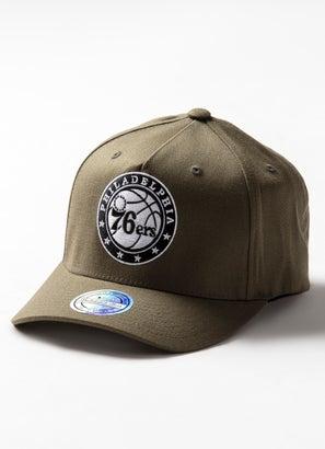 Mitchell & Ness NBA Philadelphia 76ers 110 B&W Logo Snapback Cap