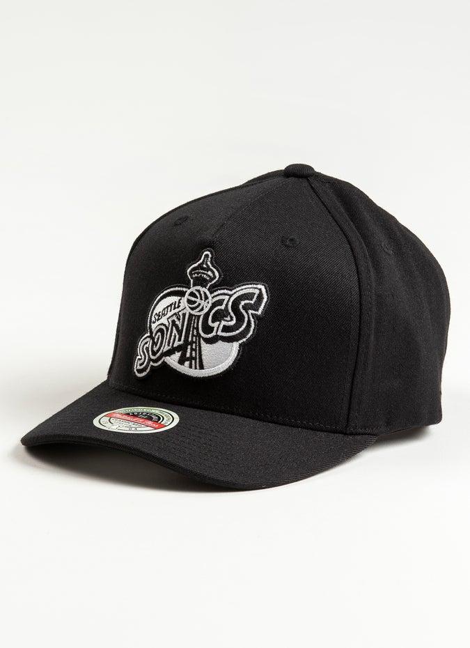 Mitchell & Ness NBA Seattle Supersonics Black + White Logo 110 Snapback