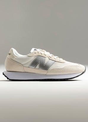 New Balance 237 Shoe - Womens