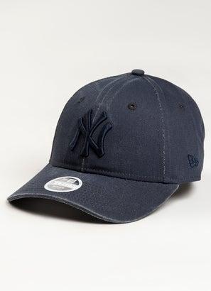 New Era 940 MLB New York Yankees Strapback Cap - Womens