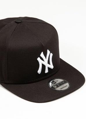 New Era 950 MLB New York Yankees A Frame Snapback Cap