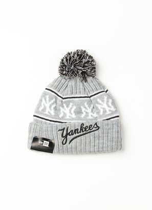 New Era MLB New York Yankees Medium Knit Beanie