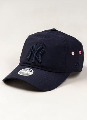 New Era Womens MLB 940 New York Yankees Strapback Cap