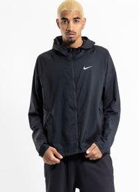 Nike Essential Jacket