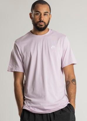 Nike Sportswear Club Tee