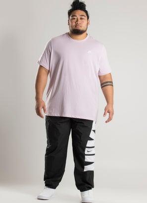 Nike Sportswear Club Tee - Plus Size